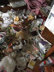 家庭ゴミの回収にお伺いしました。